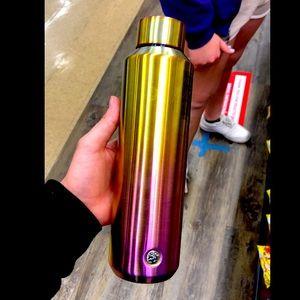 Beautiful Starbucks insulated water bottle